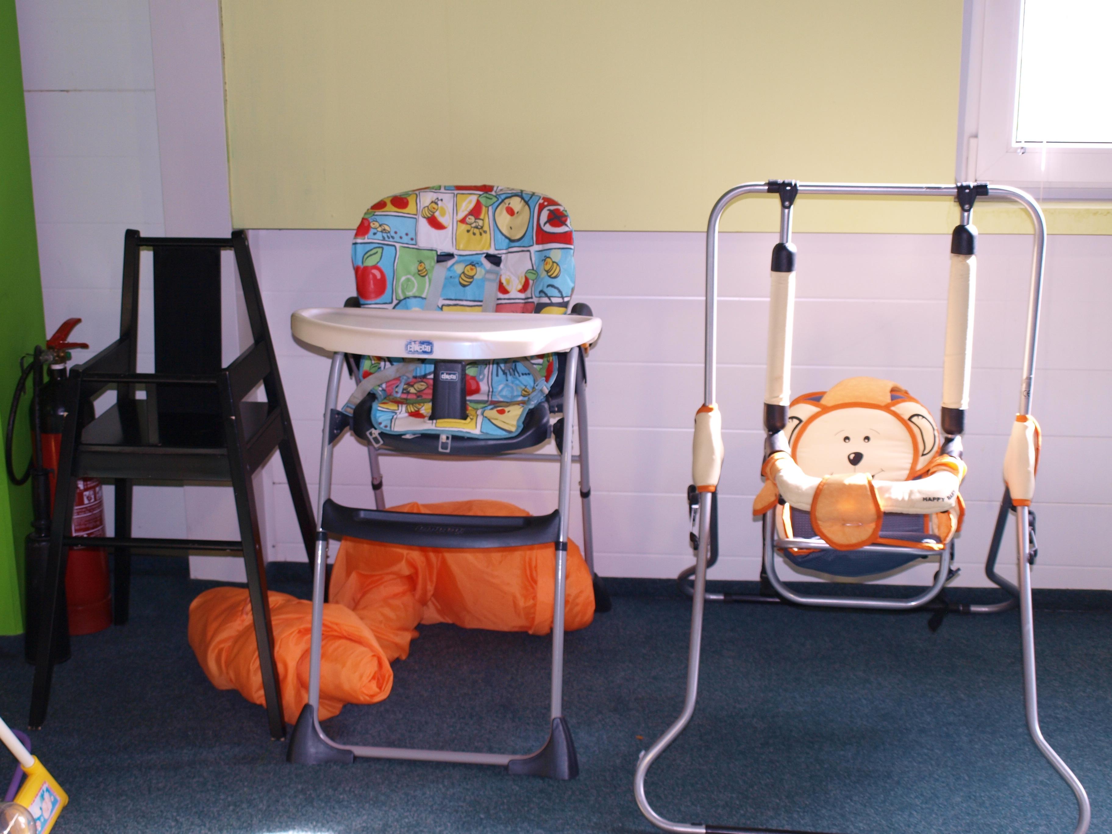 Židličky a houpačka